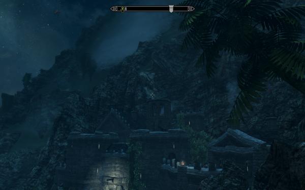 Крепость вросла в скалы