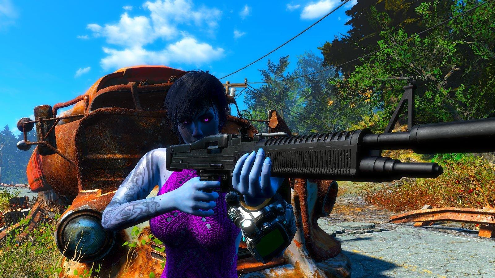 А моя Демка в Fallout4 с другой пушкой бегает!