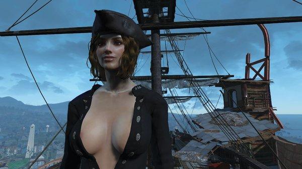 Женщина на корабле....