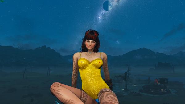 Алиса на фоне звёздного неба.