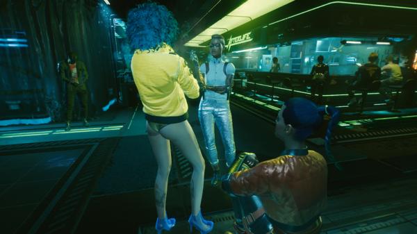 Ви знакомится с посетителями бара.