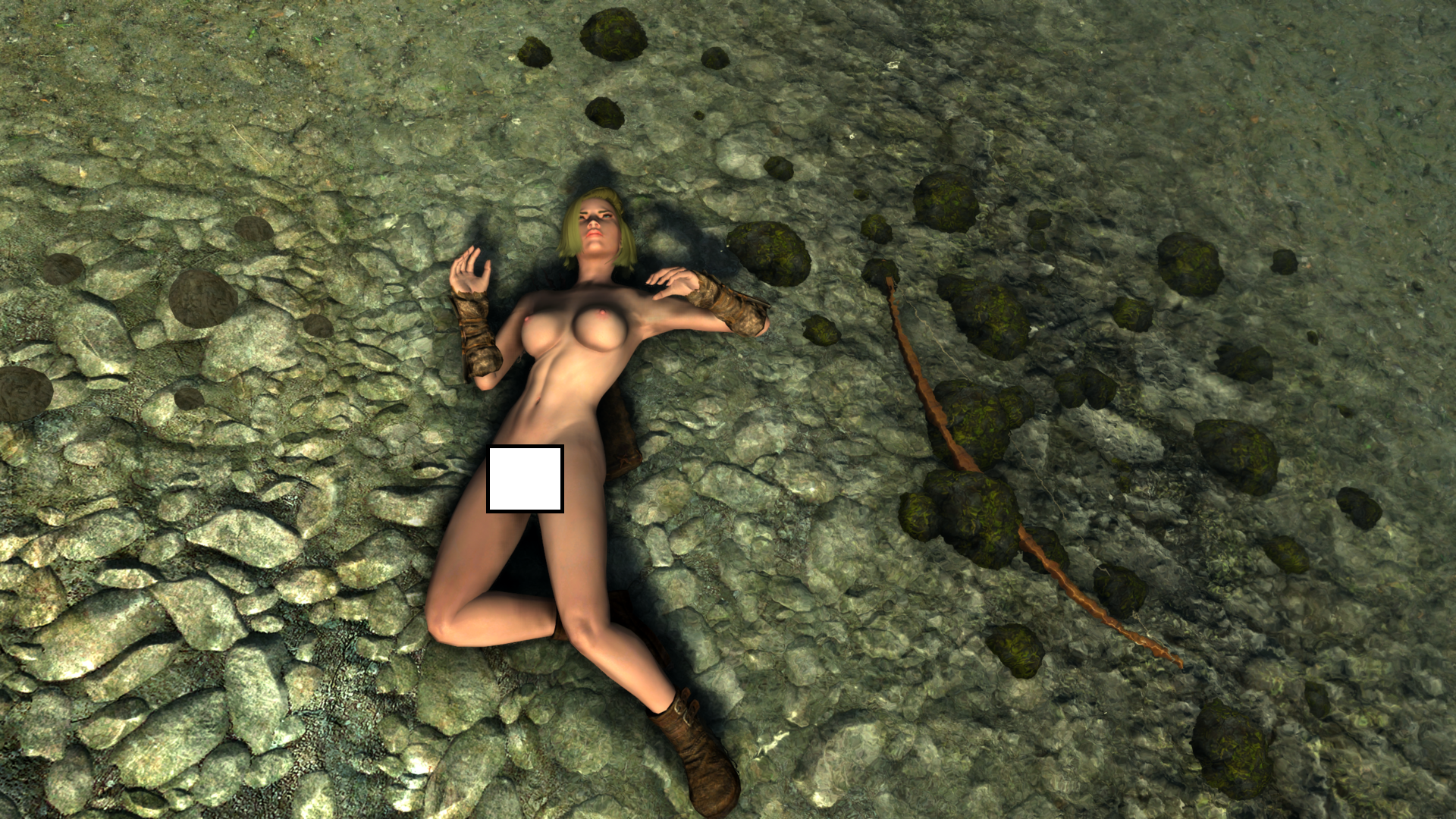 Бандитка. На пляже. Загорает типа))