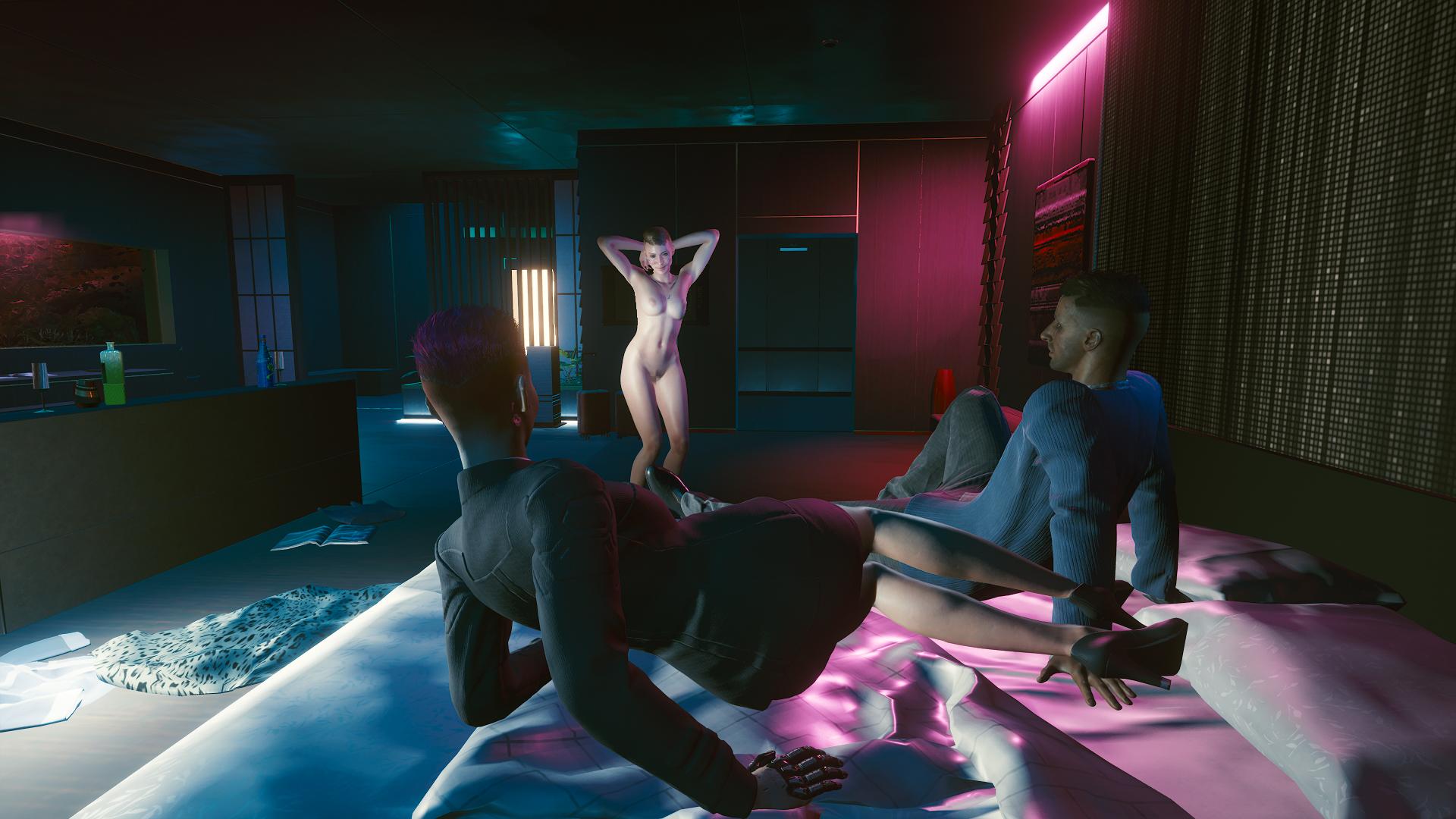 Приватный танец обновлённой Сандры.