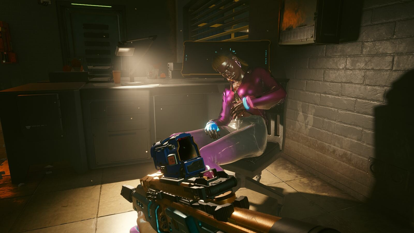 Подпорченная девица. Cyberpunk 2077