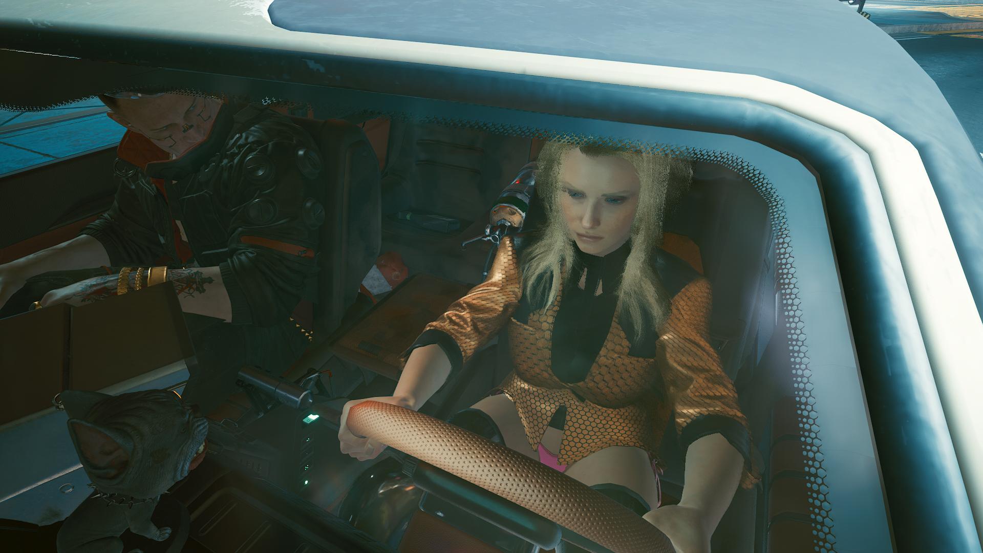 Ви катает Джеки на машине.