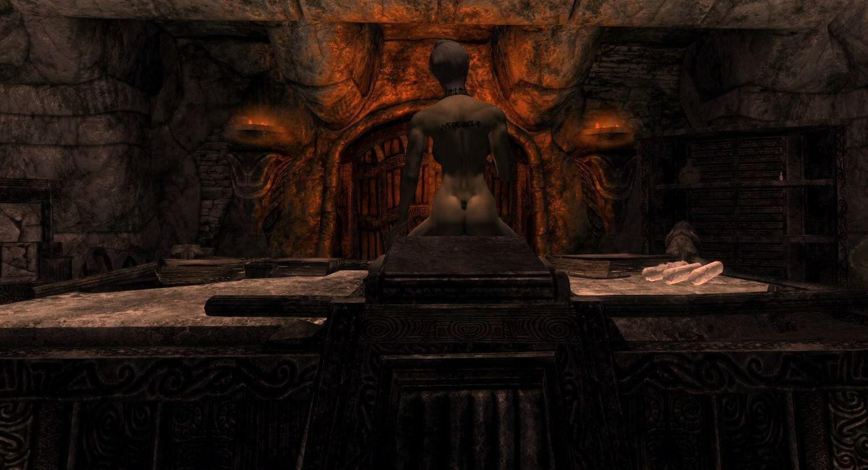 На ритуальном столе.. SkyrimSE (сборка 6.0)