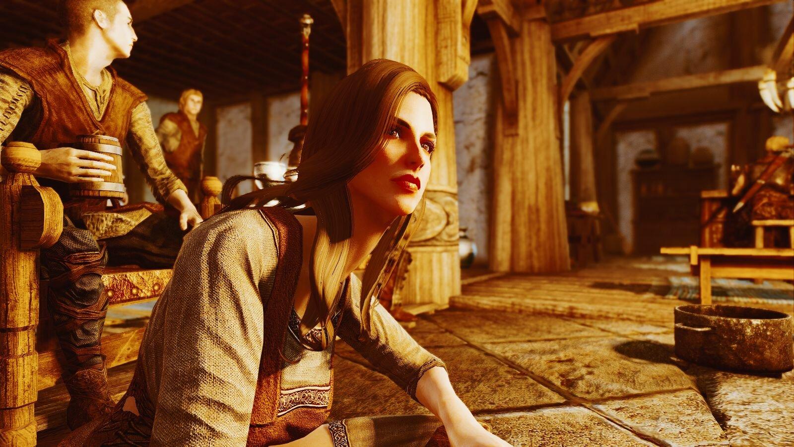 Карлотта Валентия в таверне вечером..