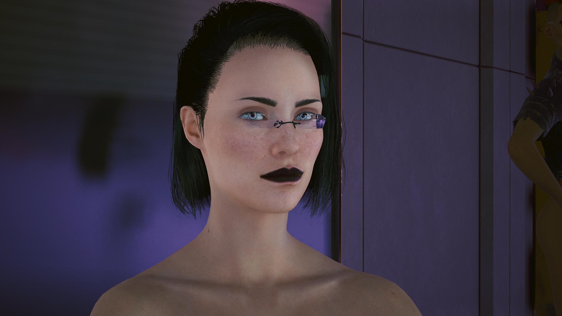 Новое лицо у девушки в этой игре.