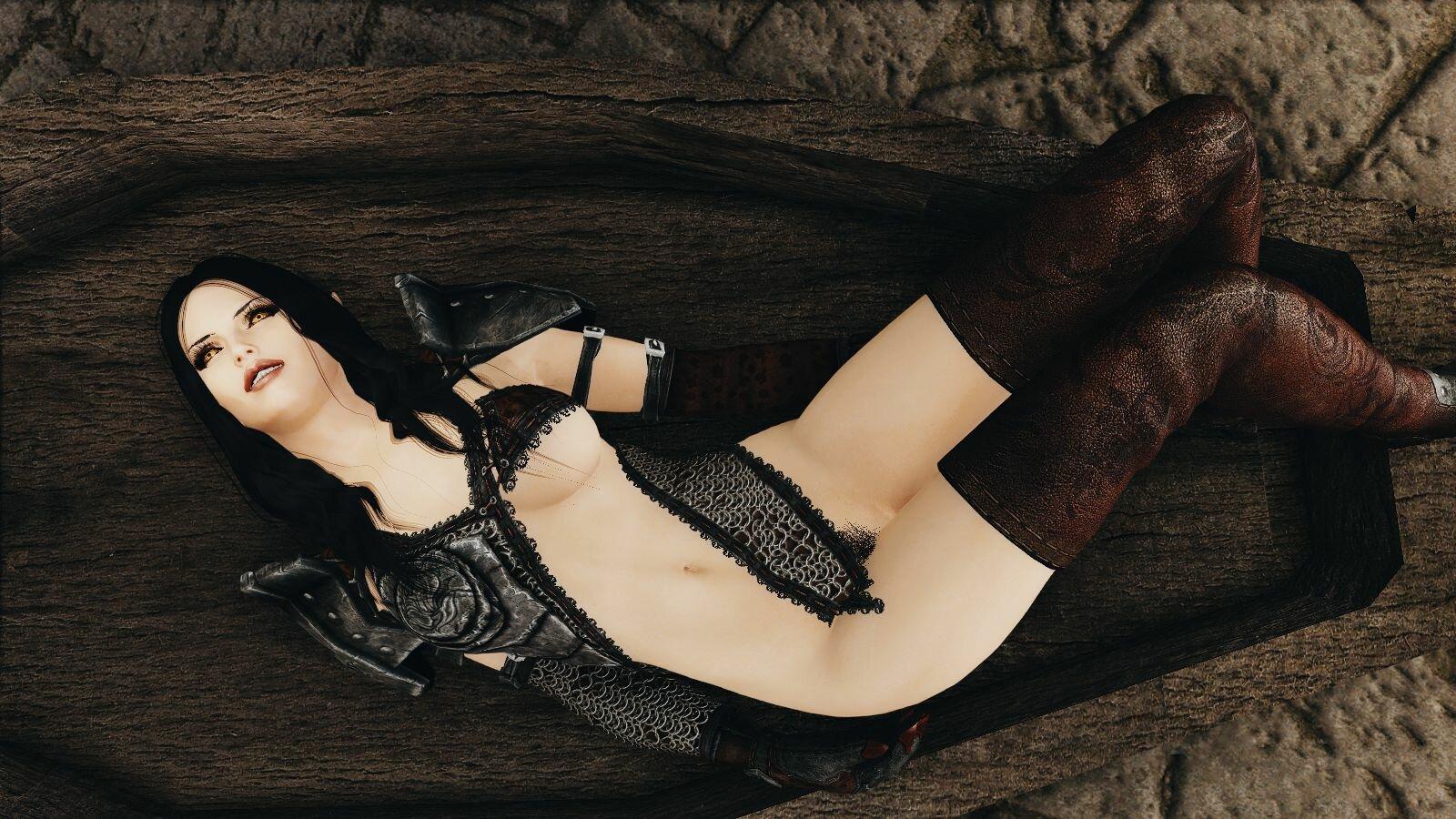 Эльфайна в вампирской кроватке ;)
